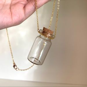 NWOT Tooth fairy necklace